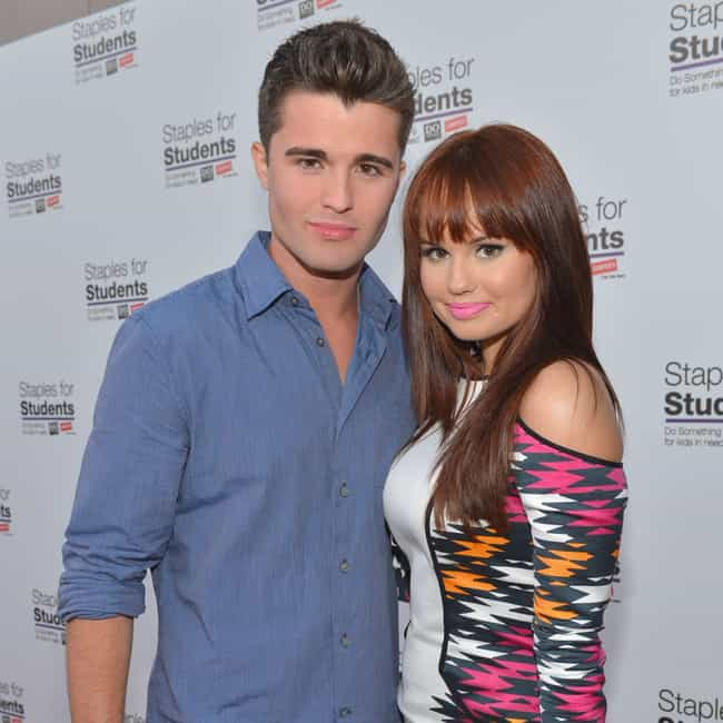 who has debby ryan dated