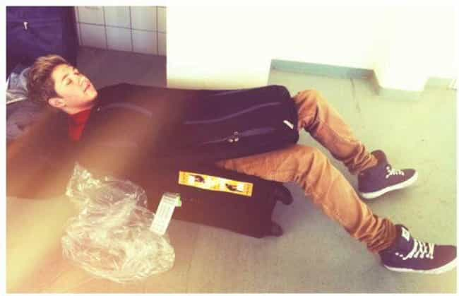 Niall Horan is listed (or ranked) 4 on the list 24 Pictures of Celebrities Caught Sleeping