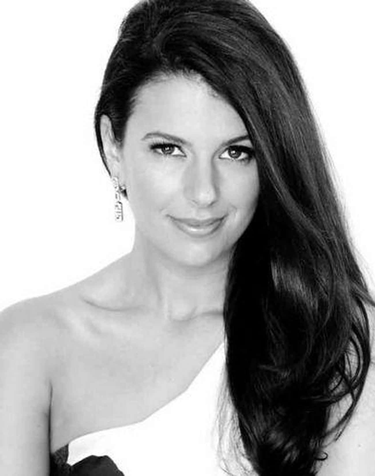 Linda Pizzuti Henry is listed (or ranked) 1 on the list The Most Beautiful Wives and Girlfriends of Sports Owners