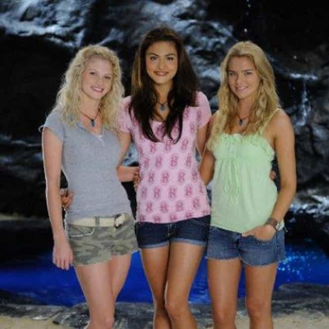 Mako Mermaids is listed (or ranked) 4 on the list Jonathan M. Shiff Shows and TV Series