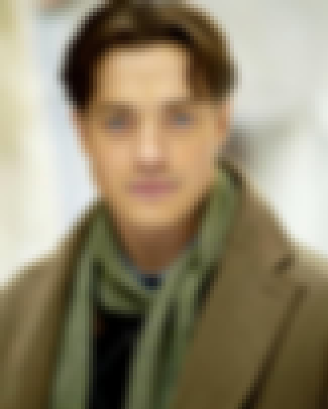 Brendan Fraser is listed (or ranked) 2 on the list Famous Cornish College Of The Arts Alumni
