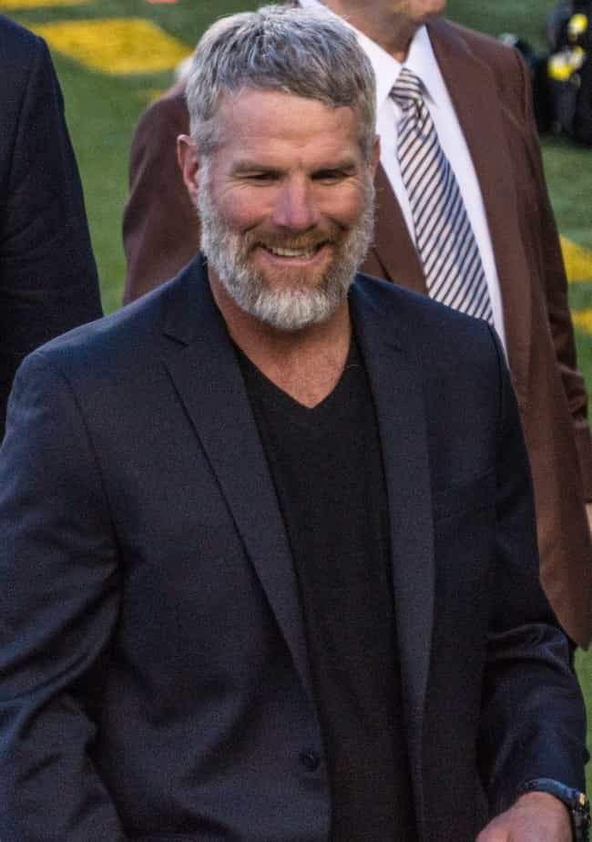 Brett Favre is listed (or ranked) 2 on the list 26 Athletes Who Quit Drinking