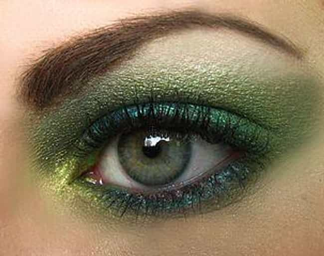 British racing green is listed (or ranked) 2 on the list The 10 Best Eyeshadow Colors for Hazel Eyes
