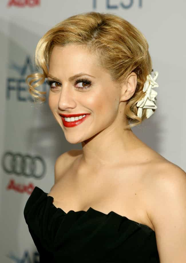 Brittany Murphy is listed (or ranked) 2 on the list Famous People Who Died of Cardiac Arrest