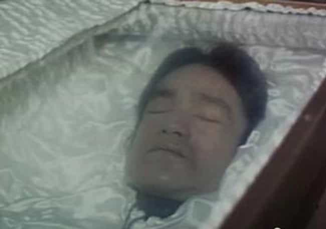 Bruce Lee is listed (or ranked) 1 on the list 30 Photos From Celebrity Open Casket Funerals