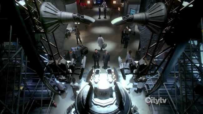 Worlds Apart is listed (or ranked) 3 on the list The Most Important Episodes Of 'Fringe'