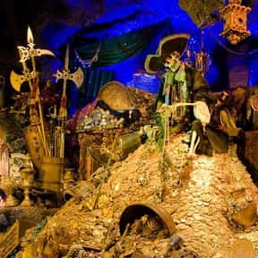 Pirates of the Caribbean is listed (or ranked) 4 on the list The Best Rides at Disneyland