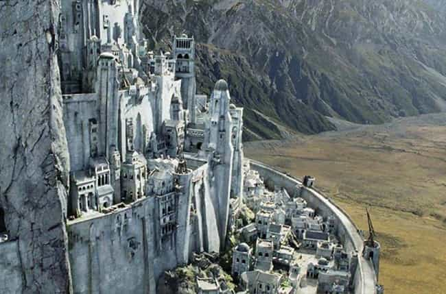Minas Tirith is listed (or ranked) 1 on the list The Greatest Fictional Castles, Palaces & Fortresses