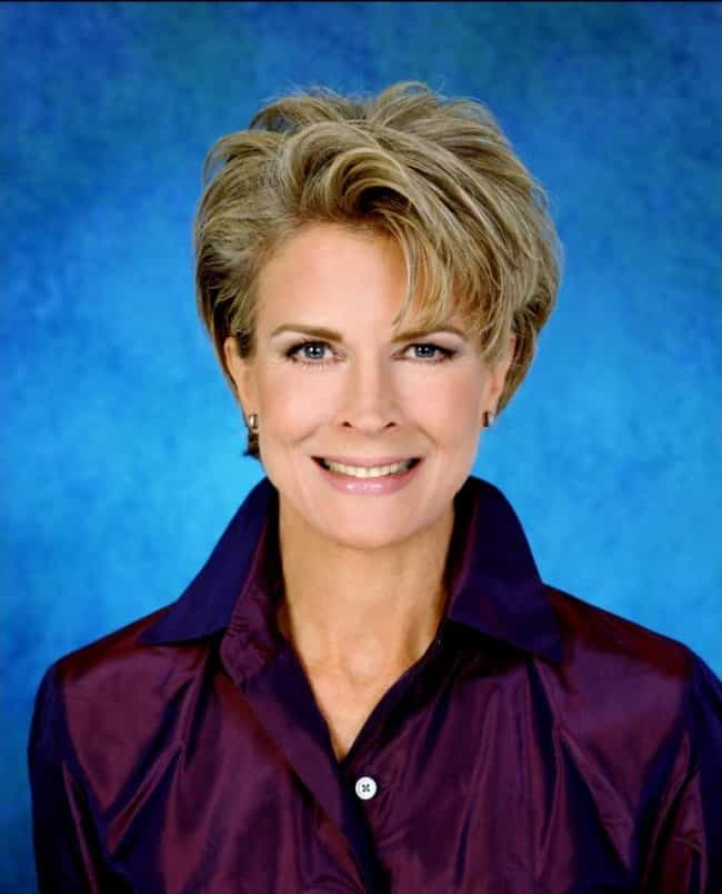 Candice Bergen is listed (or ranked) 4 on the list Allegedly Gay Scientologists