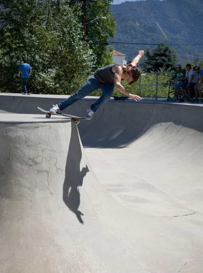 Cara-Beth Burnside is listed (or ranked) 2 on the list Famous Female Skateboarders