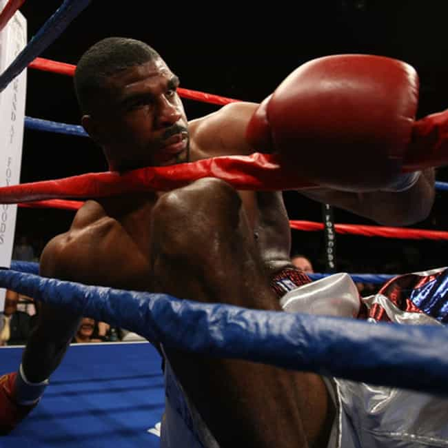 Carlos de León is listed (or ranked) 1 on the list Famous Professional Boxers from Puerto Rico