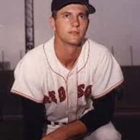 Carl Yastrzemski is listed (or ranked) 9 on the list The Greatest Left-Fielders of All Time