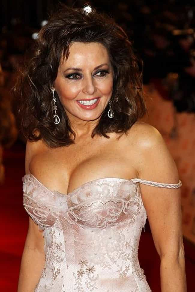 Carol Vorderman is listed (or ranked) 1 on the list Famous People Born in 1960