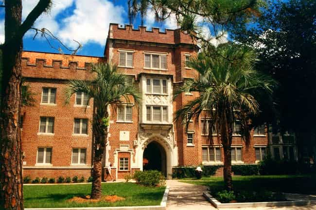 University of Florida is listed (or ranked) 3 on the list The Largest Campuses in the US