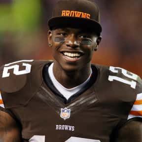 Josh Gordon is listed (or ranked) 3 on the list Famous People Whose Last Name Is Gordon