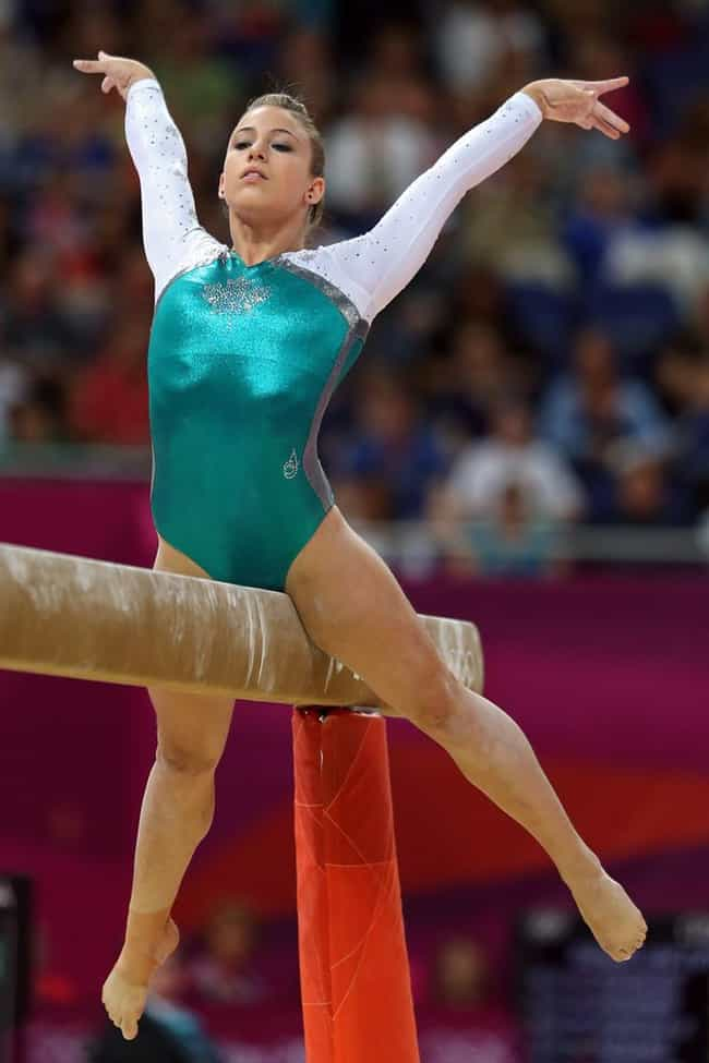 The Top 50 Hottest Female Gymnasts of All-Time - ViraLuck