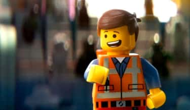 Thumbprints Are Visible On Many Characters In 'The Lego Movie'