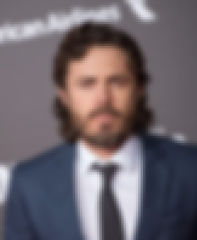 Casey Affleck is listed (or ranked) 1 on the list Famous Friends of Clive Owen
