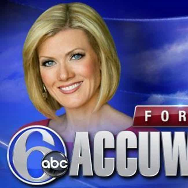 Cecily Tynan is listed (or ranked) 4 on the list Famous Female TV Meteorologists