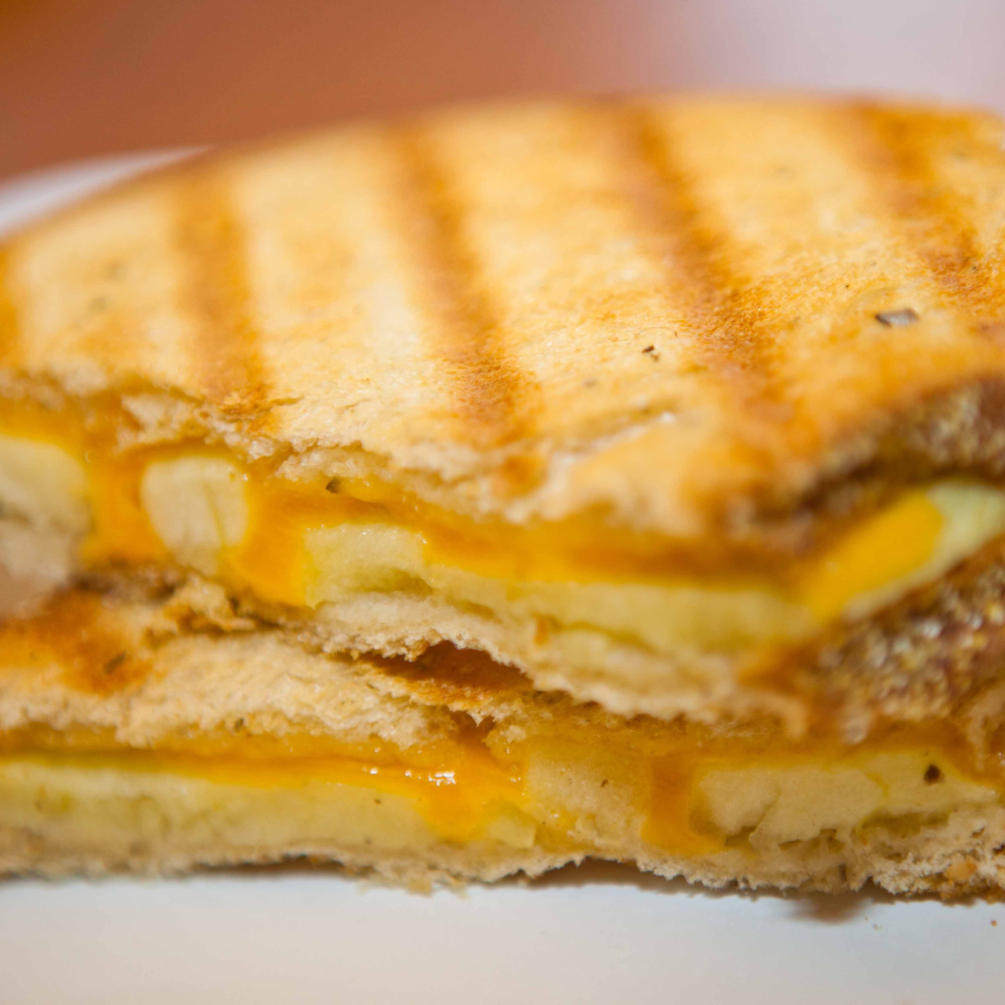 Image of Random Best Cheese for a Grilled Cheese Sandwich