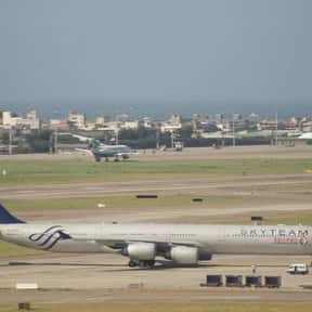 China Eastern Airlines is listed (or ranked) 22 on the list List of Los Angeles International Airport Airlines