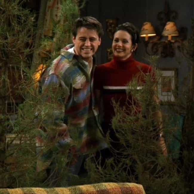 The One Where Rachel Qui... is listed (or ranked) 3 on the list The Best Christmas Episodes On 'Friends'