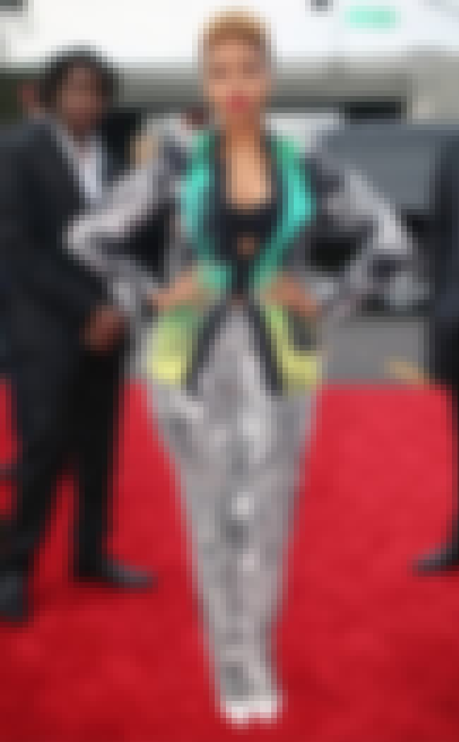 Chrisette Michele is listed (or ranked) 2 on the list The Worst Grammy Red Carpet Fashions 2014