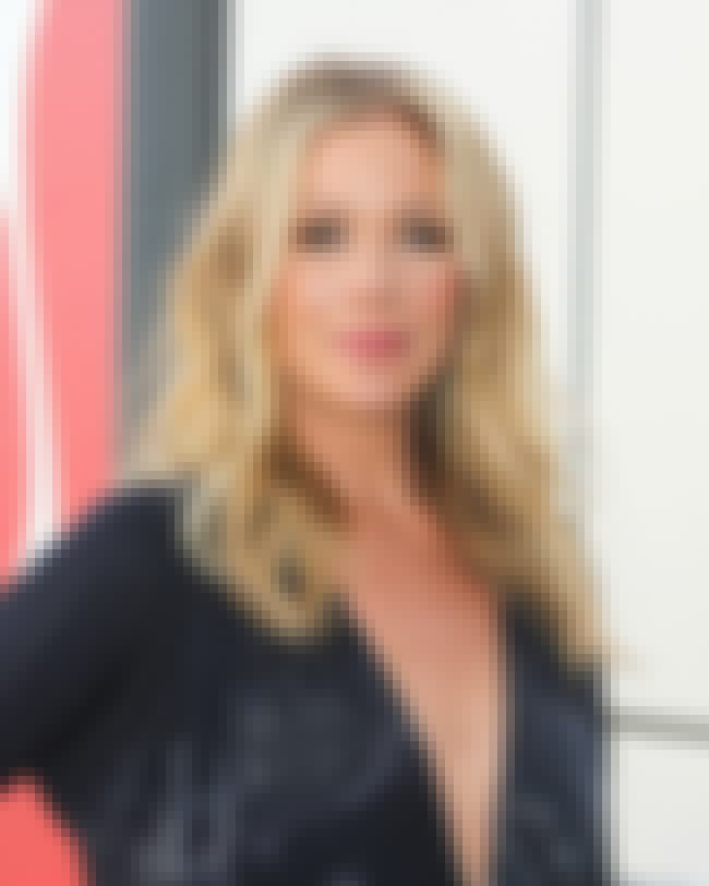 Christina Applegate is listed (or ranked) 1 on the list Famous People Born in 1971