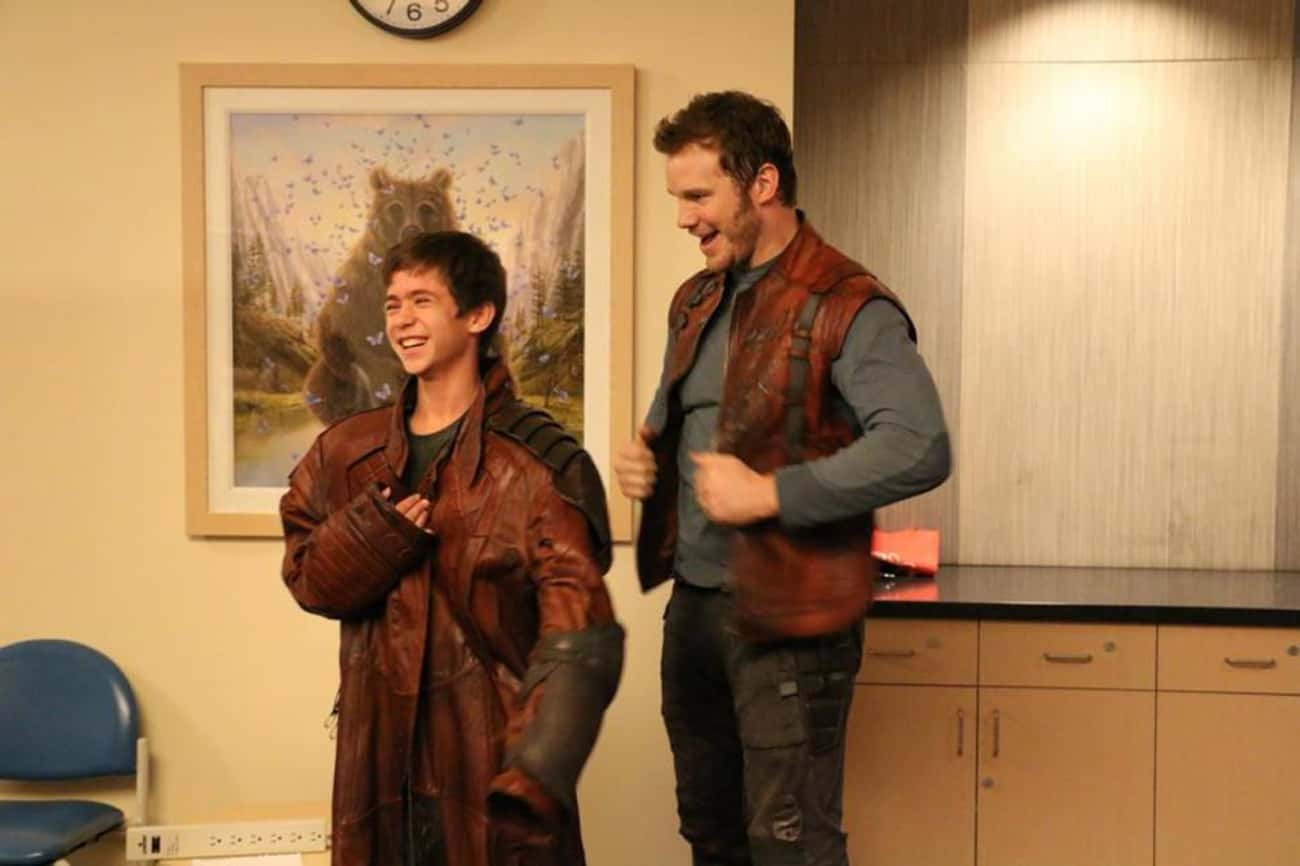 Chris Pratt Stole the Star-Lor is listed (or ranked) 3 on the list 18 Sneaky Actors Who Stole Props from Movie Sets