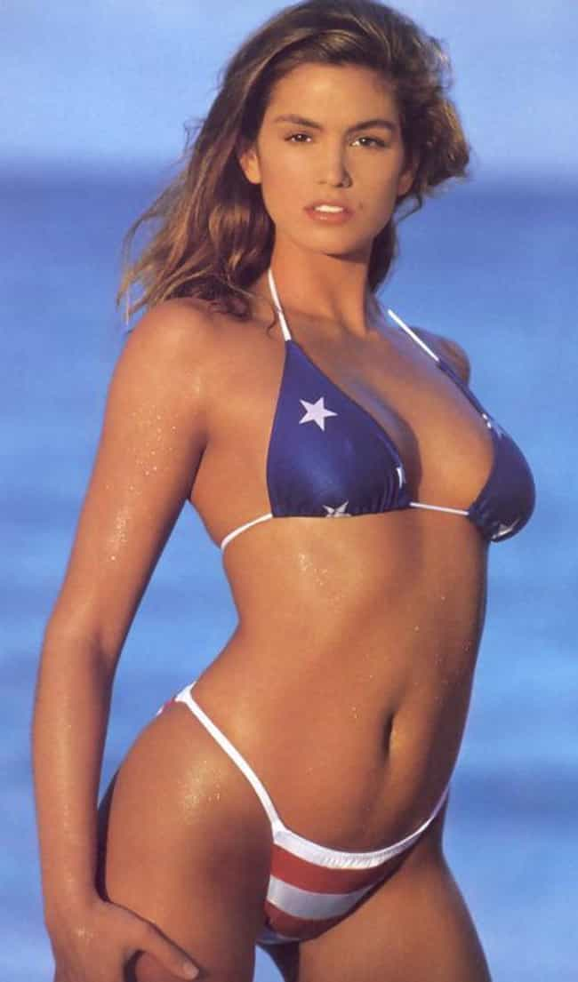 Cindy Crawford is listed (or ranked) 4 on the list The Hottest Sports Illustrated Swimsuit Models of All Time