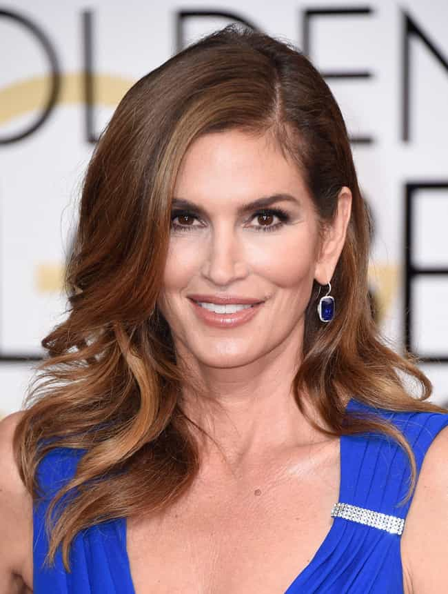 Cindy Crawford is listed (or ranked) 3 on the list Famous Pin-up Girls