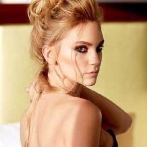 Farah Zeynep Abdullah is listed (or ranked) 23 on the list Popular Film Actors from Turkey