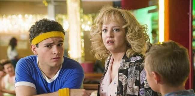 The Goldbergs is listed (or ranked) 4 on the list Shows About Middle America To Watch Instead Of 'Roseanne'