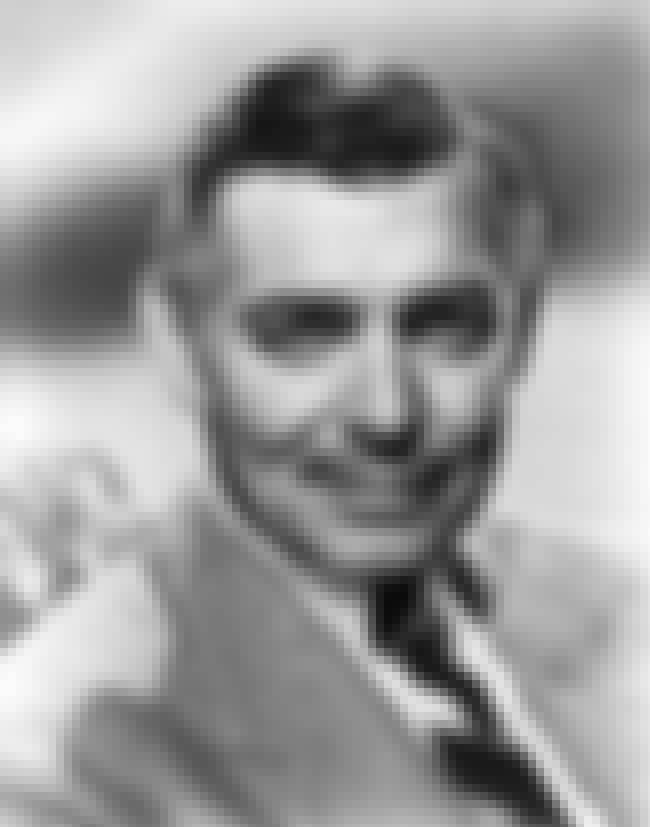 Clark Gable is listed (or ranked) 3 on the list Distinguished Flying Cross Recipients