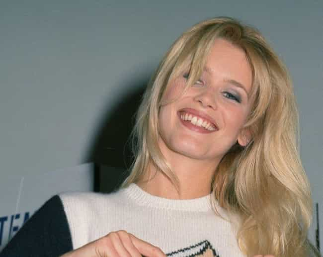Claudia Schiffer is listed (or ranked) 6 on the list The Best Celebrity Smiles (Women)