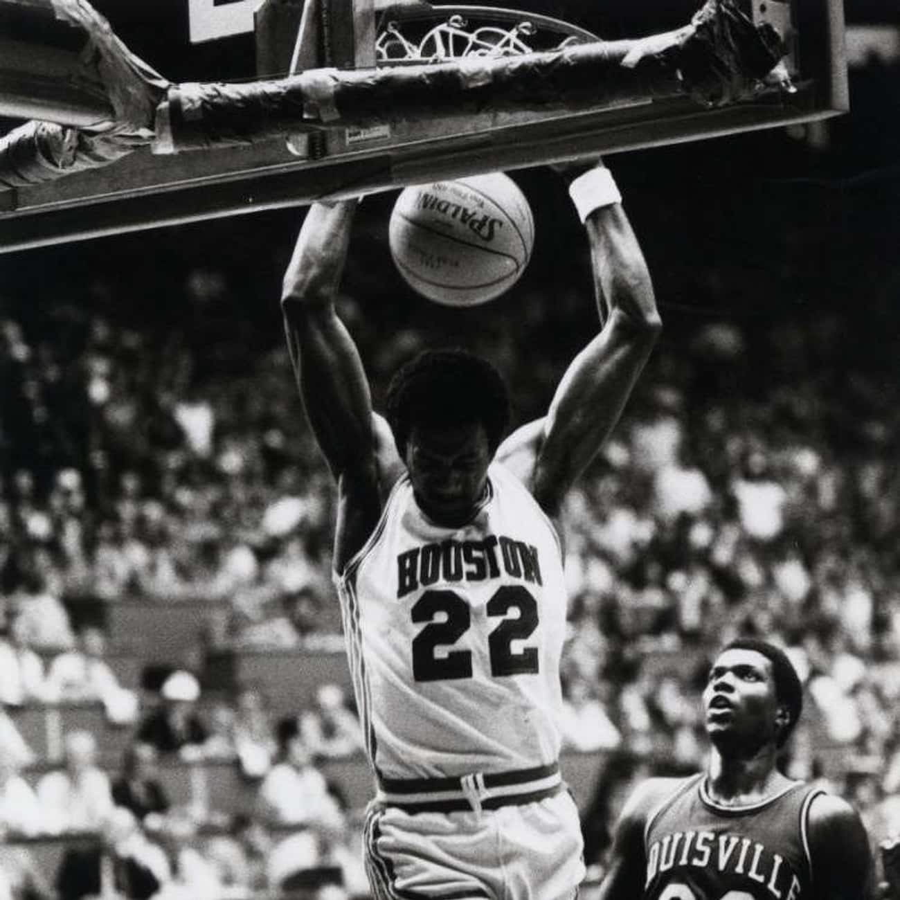 Clyde Drexler is listed (or ranked) 3 on the list The Best Athletes Who Wore #22