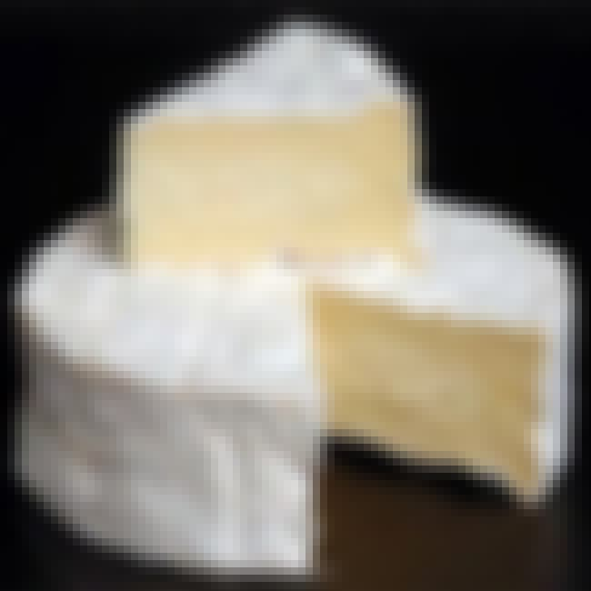 Camembert de Normandie is listed (or ranked) 2 on the list The Best Cheeses of France