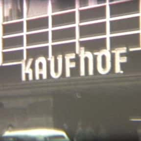 Kaufhof is listed (or ranked) 2 on the list The Best German Department Stores