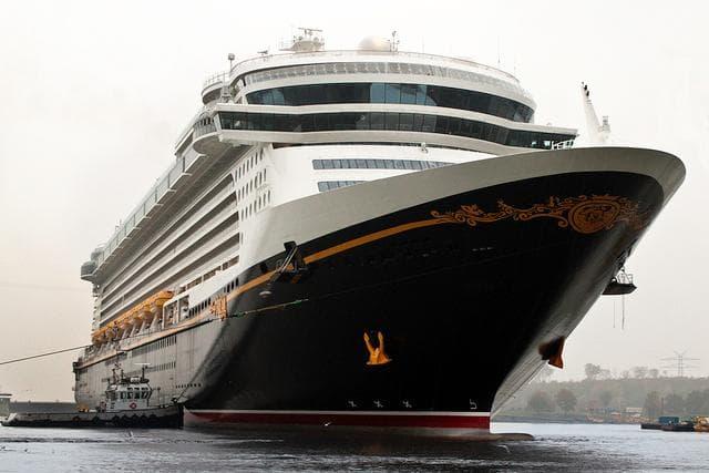 Random Best Cruise Ships for Families