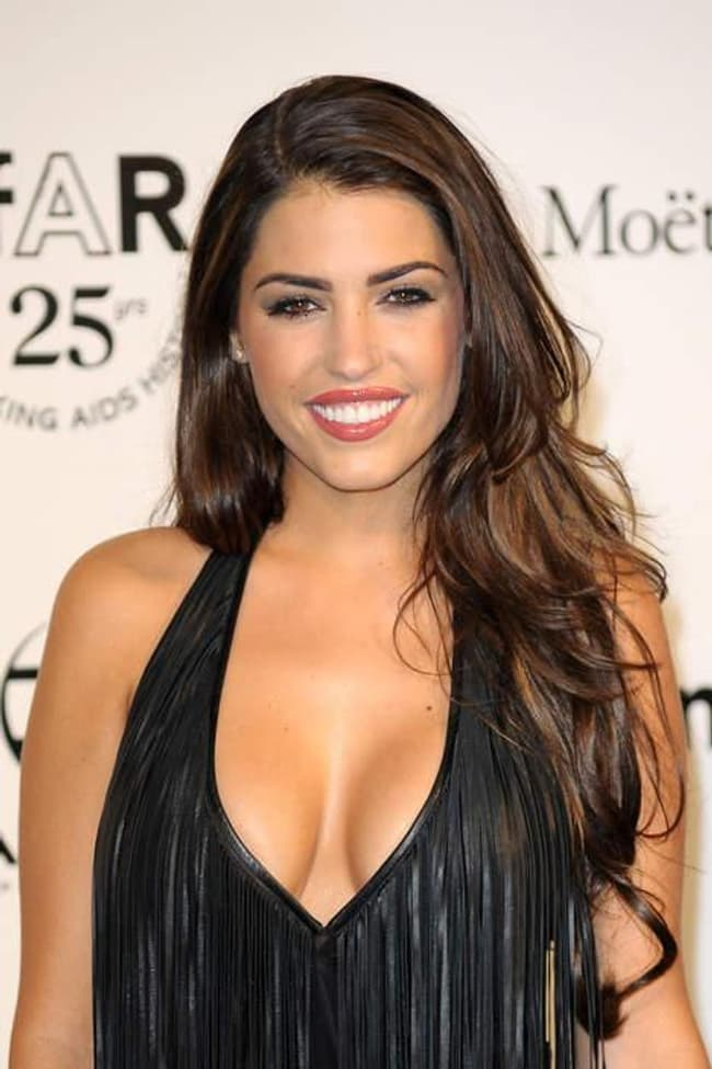 Yolanthe Sneijder-Cabau is listed (or ranked) 4 on the list Hottest Dutch