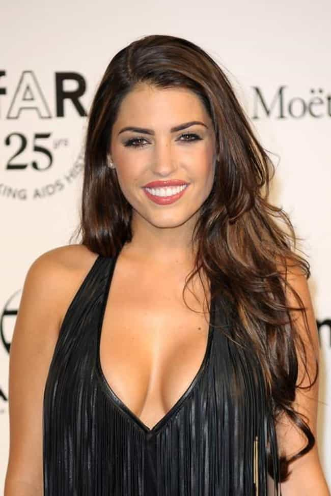 Yolanthe Sneijder-Cabau is listed (or ranked) 4 on the list Hottest Dutch Models