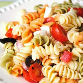 Pasta Salad is listed (or ranked) 16 on the list The Best Picnic Foods
