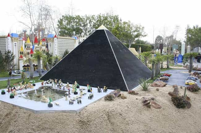 Egyptian pyramids is listed (or ranked) 3 on the list 31 Amazing LEGO Versions of Famous Monuments