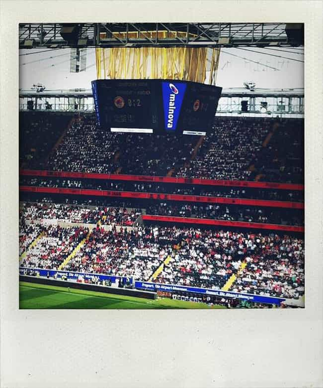 Commerzbank-Arena is listed (or ranked) 2 on the list List of Famous Frankfurt Buildings & Structures