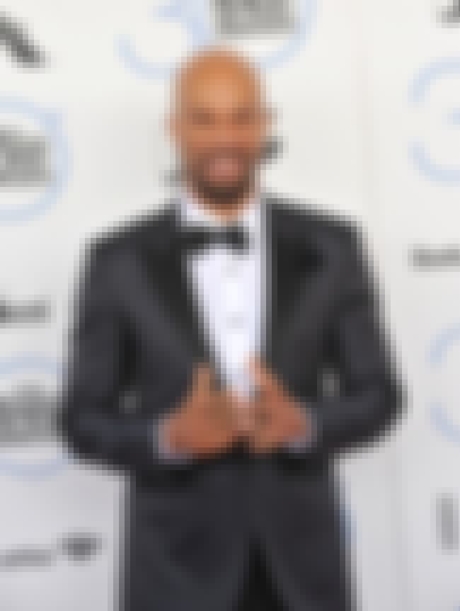 Common is listed (or ranked) 4 on the list Once-Ballin' Rappers Who Went Broke