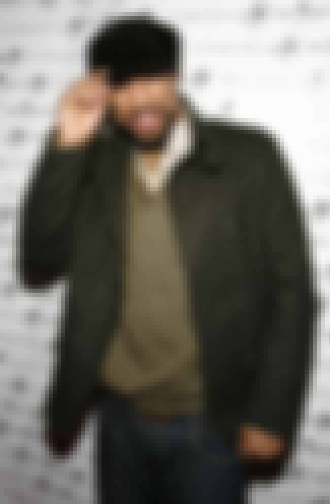 Common is listed (or ranked) 8 on the list The Best Dressed Rappers