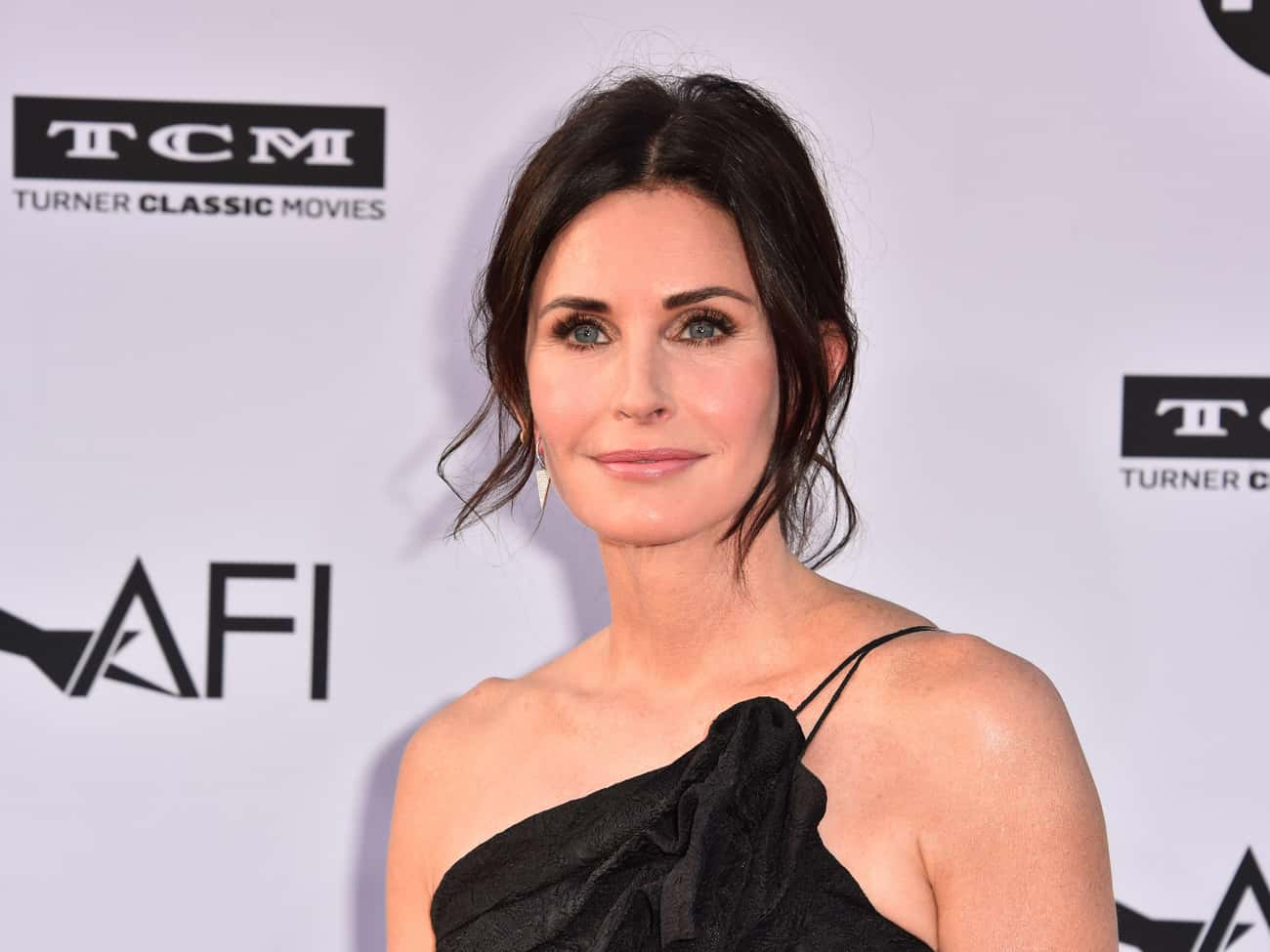 Courteney Cox is listed (or ranked) 4 on the list The Most Stunning Celebrity Women Over 50