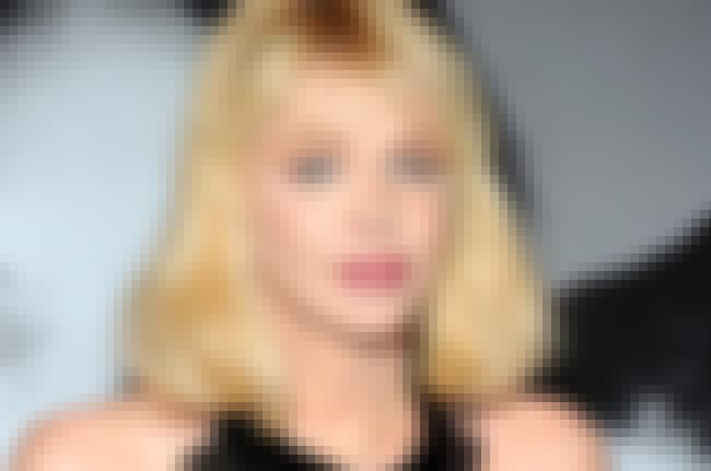 Courtney Love is listed (or ranked) 2 on the list 24 Celebrities Who Were Raised by Single Dads
