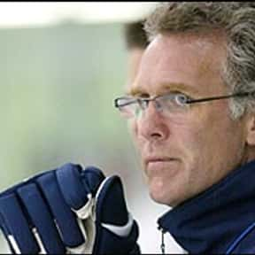 Craig MacTavish is listed (or ranked) 5 on the list List of Famous Ice Hockey Players