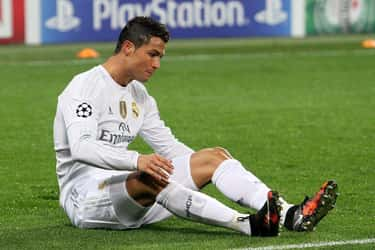 Cristiano Ronaldo is listed (or ranked) 1 on the list 26 Athletes Who Quit Drinking